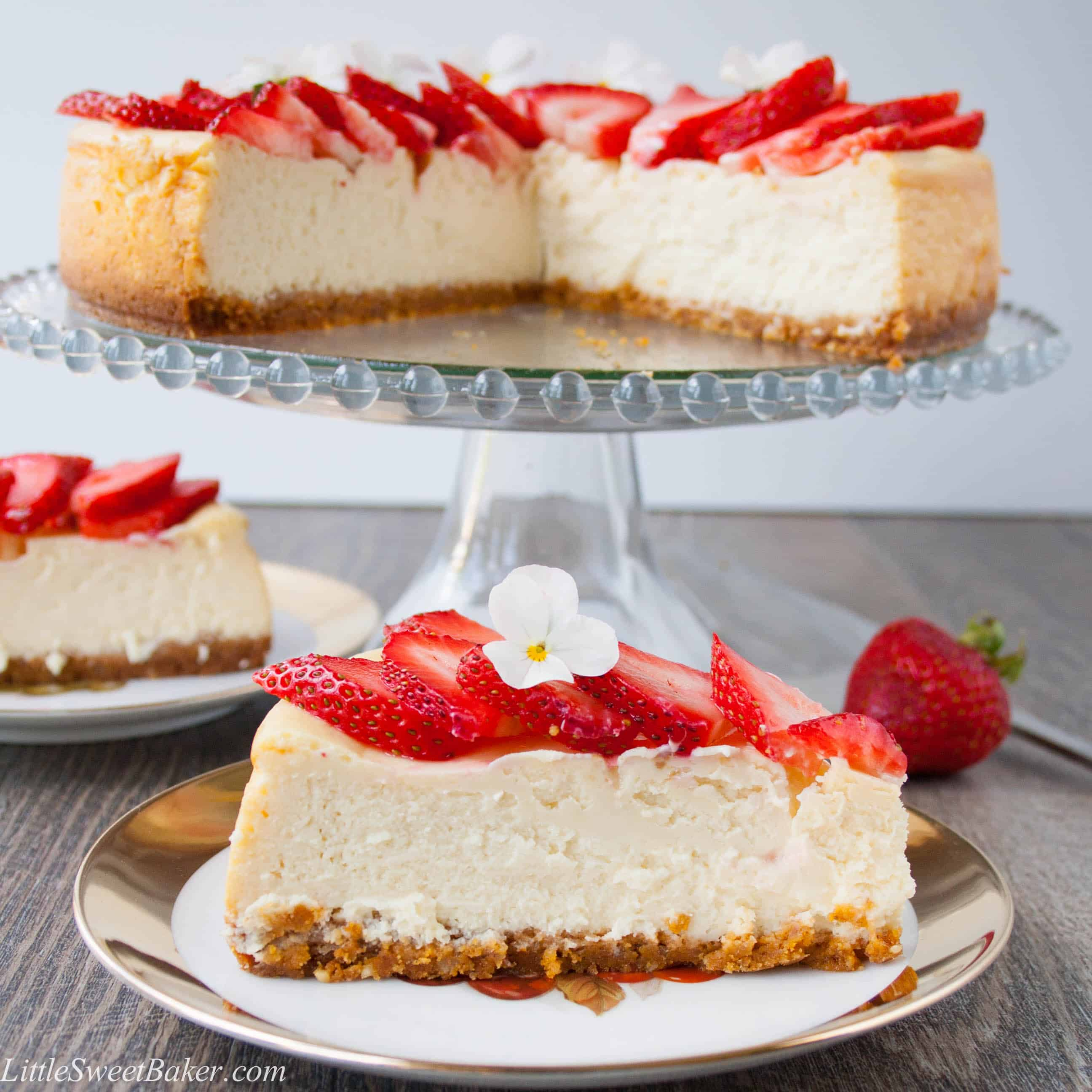 White Chocolate Cheesecake - Little Sweet Baker